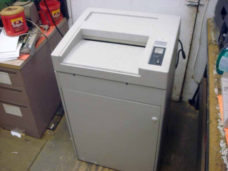 industrial paper shredders Does your business or organization need to shred hundreds to thousands of sheets of paper per hour if so, you need an industrial-strength paper shredder.