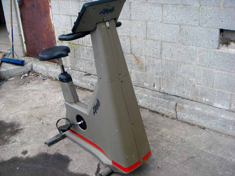 9500 9500hr Hr Upright Exercise Bicycle Bike