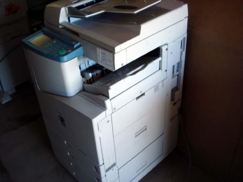 Xerox Machine 3300 Canon ImageRunner 3300...