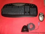 Logitech Y-RE20 Cordless Wireless Keyboard & Mouse Set